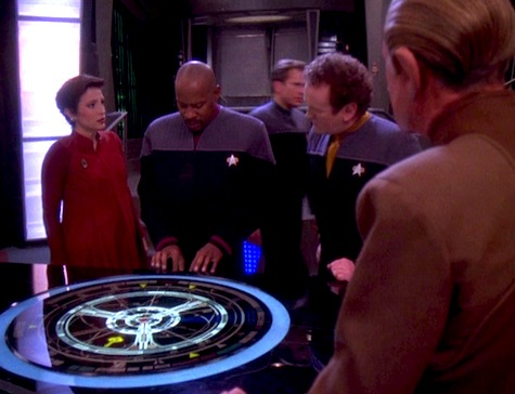 Deep Space Nine, The Darkness and the Light, Kira, Odo, O'Brien, Sisko