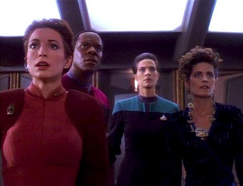 Star Trek: Deep Space 9, Q-Less