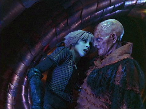 Farscape, Eat Me, Chiana