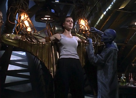 Farscape Season 1 Episode 19, Nerve