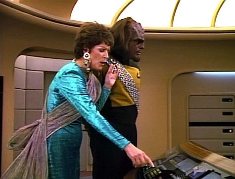 Star Trek: The Next Generation Rewatch: Half a Life