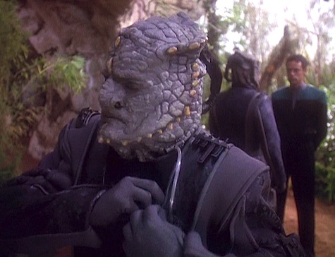 The Star Trek: Deep Space Nine Rewatch on Tor.com: Hippocratic Oath