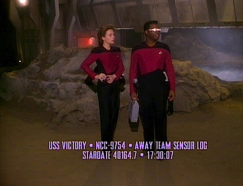 Star Trek: The Next Generation: Identity Crisis
