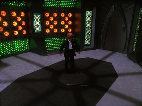 Star Trek: Deep Space Nine Rewatch on Tor.com: It's Only a Paper Moon
