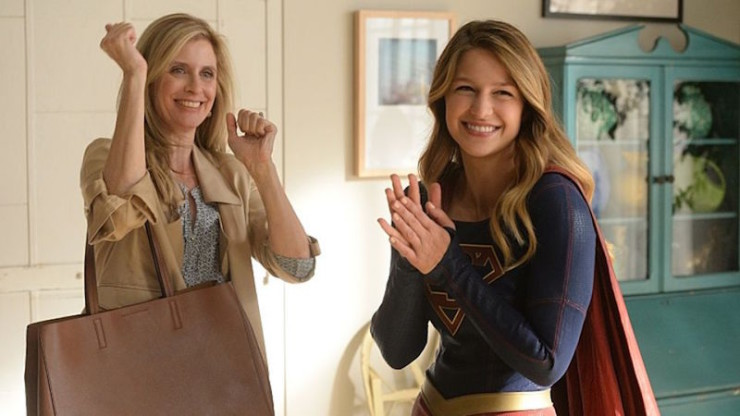 Supergirl Livewire review Thanksgiving