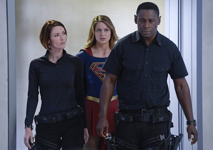 Supergirl 1x11 Stranger from Another Planet episode review