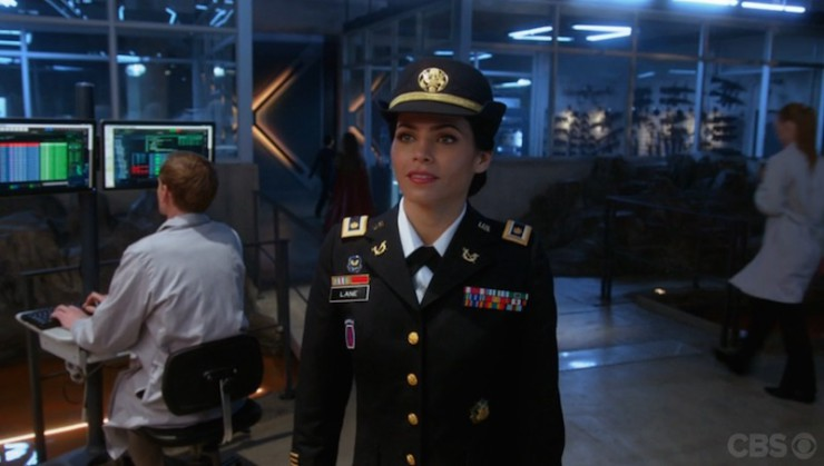 Supergirl 1x17 Martian Manhunter television review