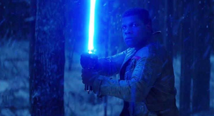 Star Wars: The Force Awakens, Finn and lightsaber