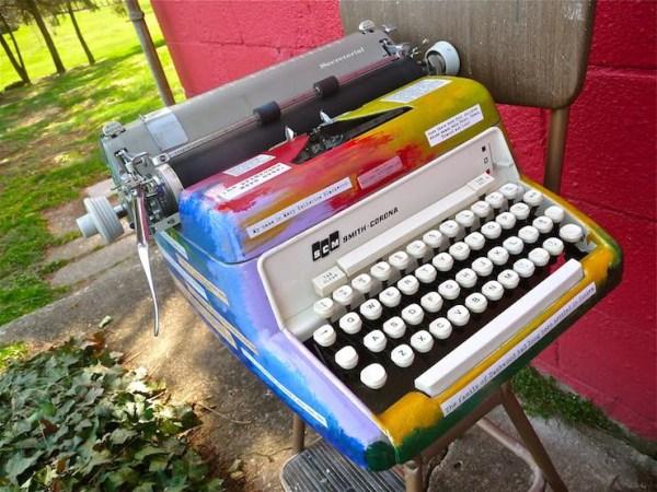 Durbin-Typewriter04