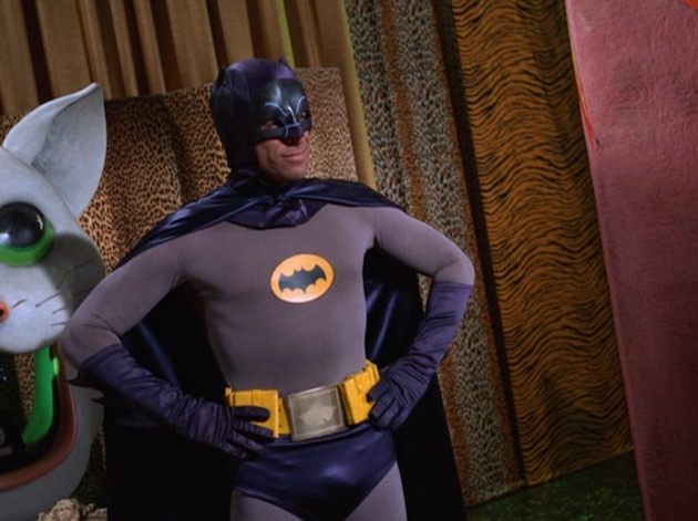 Batman-CatwomanCollege03