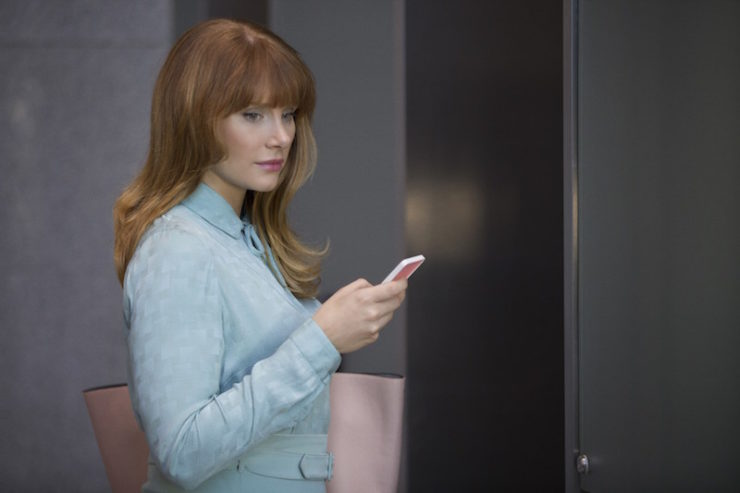Black Mirror season 3 episode plot details Nosedive