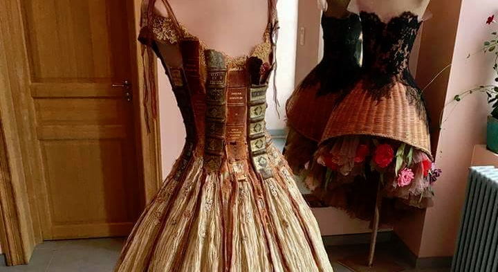 book report 100 dresses The the hundred dresses community note includes chapter-by-chapter summary and analysis, character list, theme list, historical context, author biography and quizzes written by community members like you.