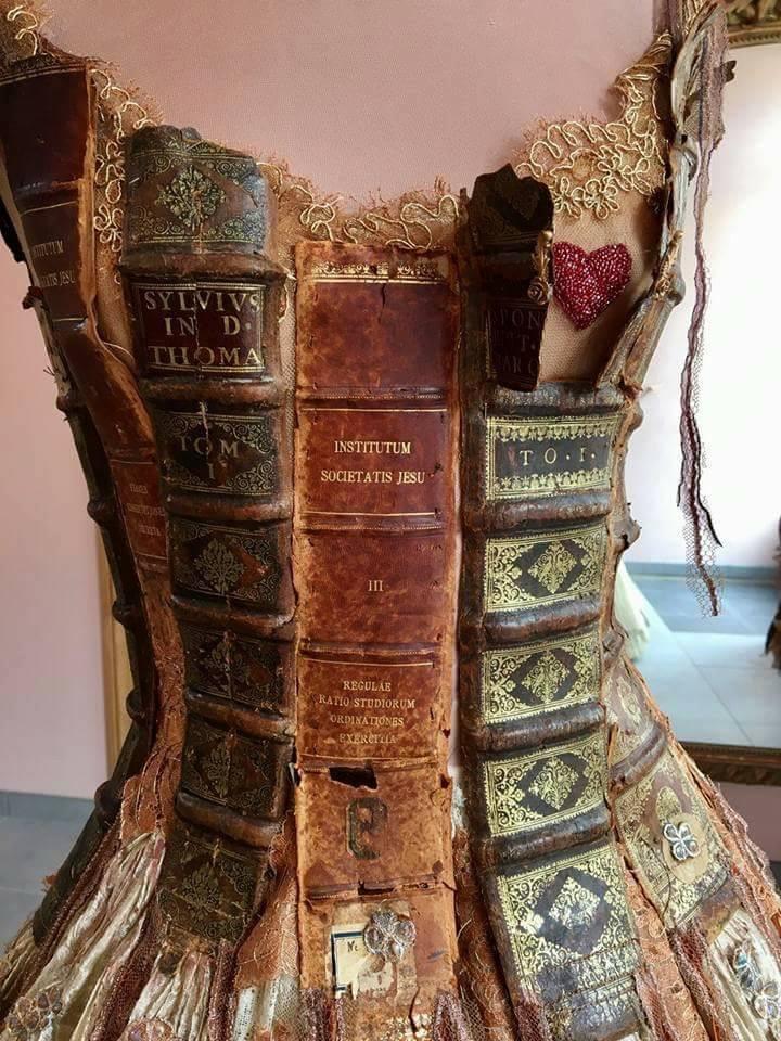 Sylvie Facon book dress
