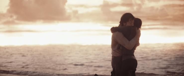 Jyn Cassian beach hug Rogue One love in Star Wars