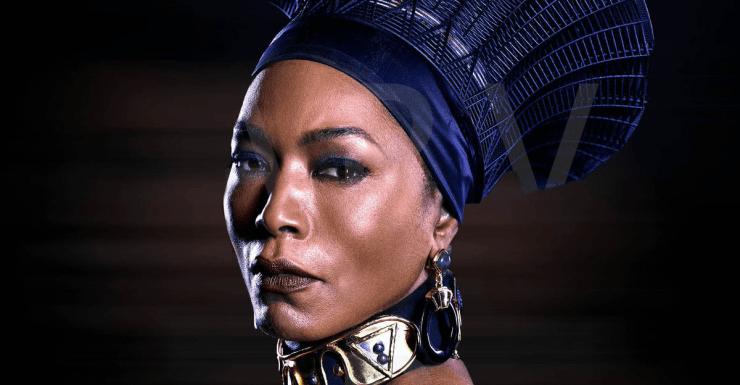 Angela Bassett Queen Ramonda Black Panther