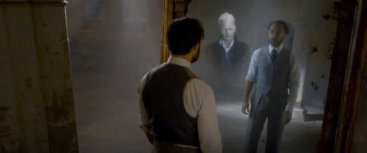 Fantastic Beasts: The Crimes of Grindelwald, trailer 2, Dumbledore, Mirror of Erised