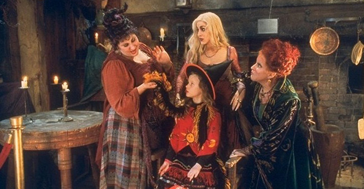 Blog Post Featured Image - Why We Still Love Hocus Pocus 25 Years Later