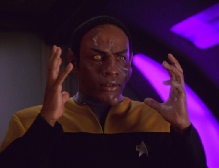 Tuvok (Tim Russ) with a disfigured face in Star Trek: Voyager