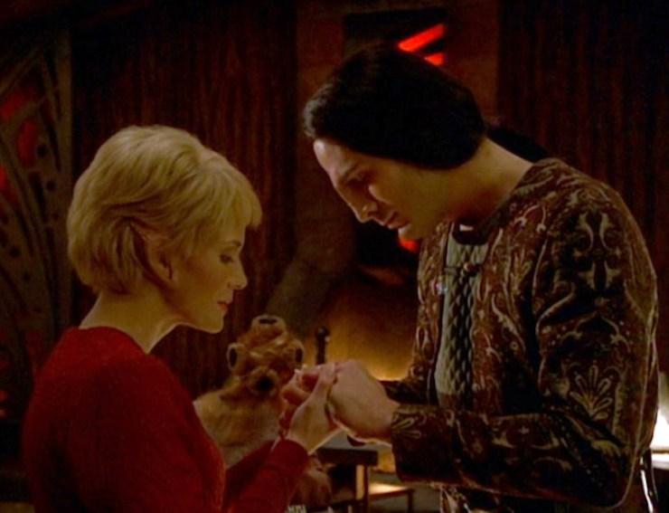 """Star Trek: Voyager """"Darkling"""""""