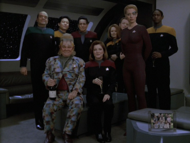 "Star Trek: Voyager ""11:59"""