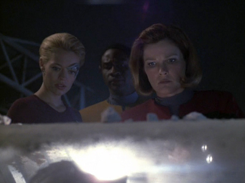 "Star Trek: Voyager Rewatch: ""Dragon's Teeth"""