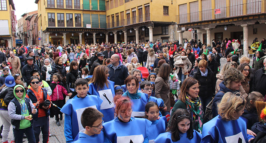 Tordesillas se echa a las calles para celebrar su carnaval