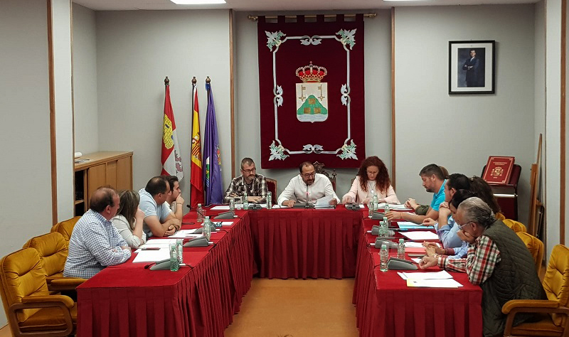 El pleno aprueba una bajada de los principales impuestos y tasas municipales