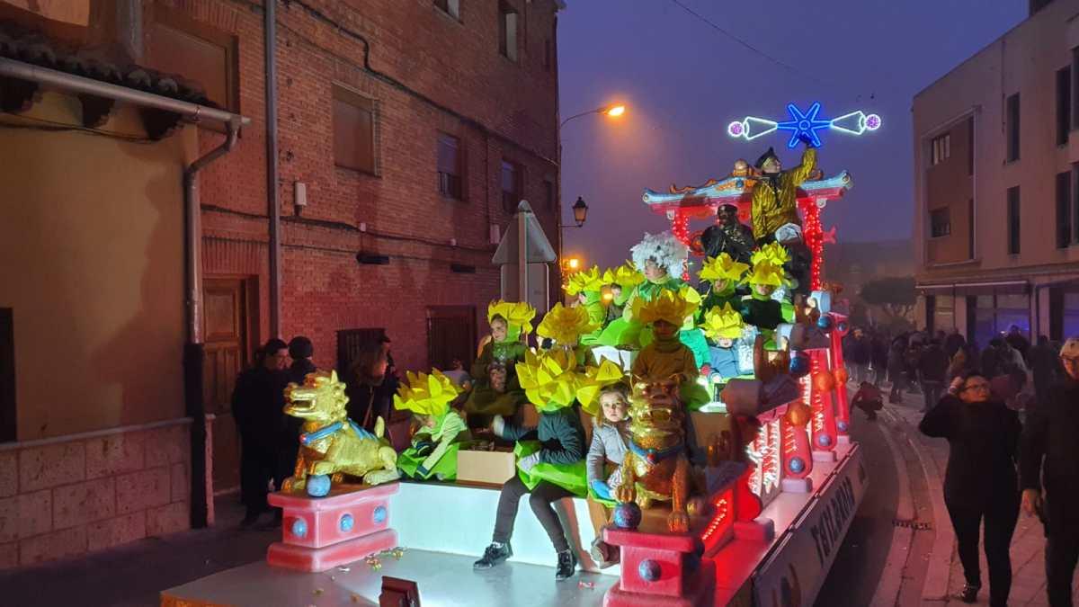 Los Reyes Magos de Oriente, protagonistas de una participativa cabalgata