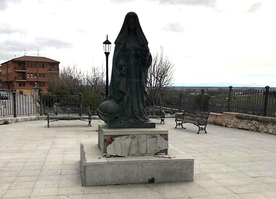 Desaparecen cuatro placas identificativas en monumentos históricos de Tordesillas