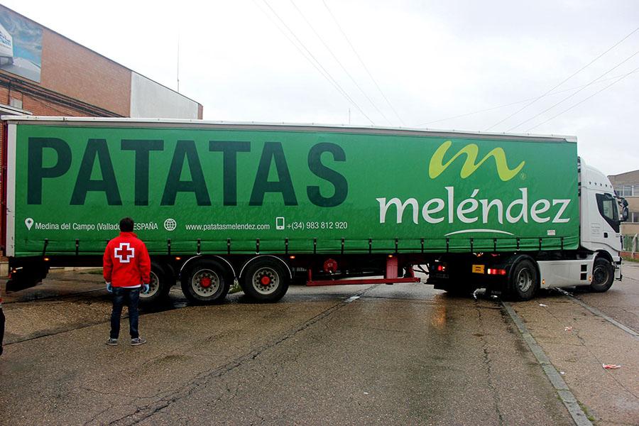 Patatas Meléndez entrega 50.000 kilos a Cruz Roja dentro de su plan de donaciones contra el Covid-19