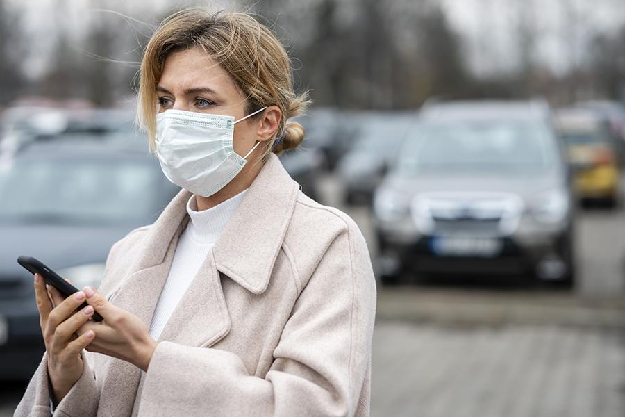 El uso de mascarilla en espacios públicos será obligatorio a partir de este jueves
