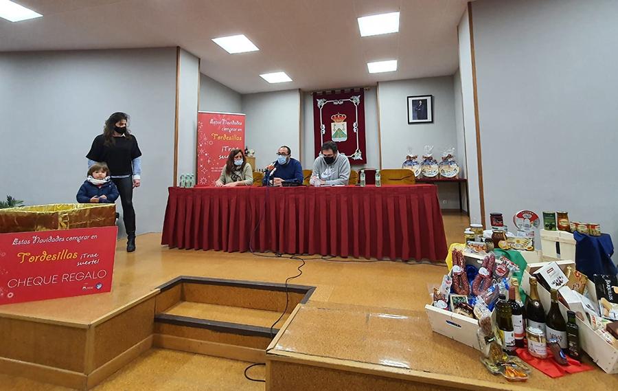 Tordesillas y sus comercios reparten 1.500 euros de su campaña navideña