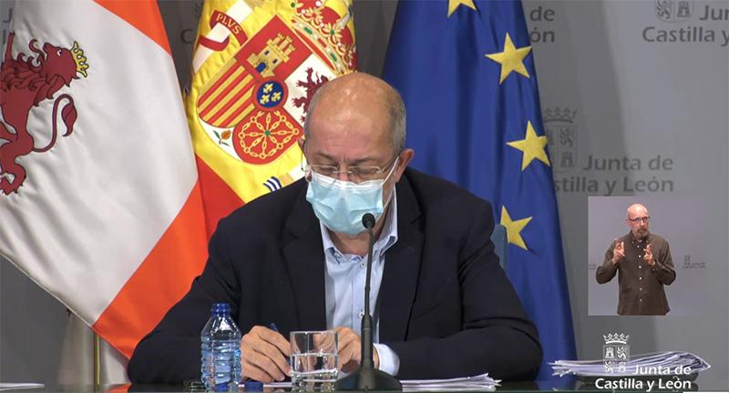 Castilla y León rebaja su nivel de alerta a 3 y amplía el horario de las terrazas