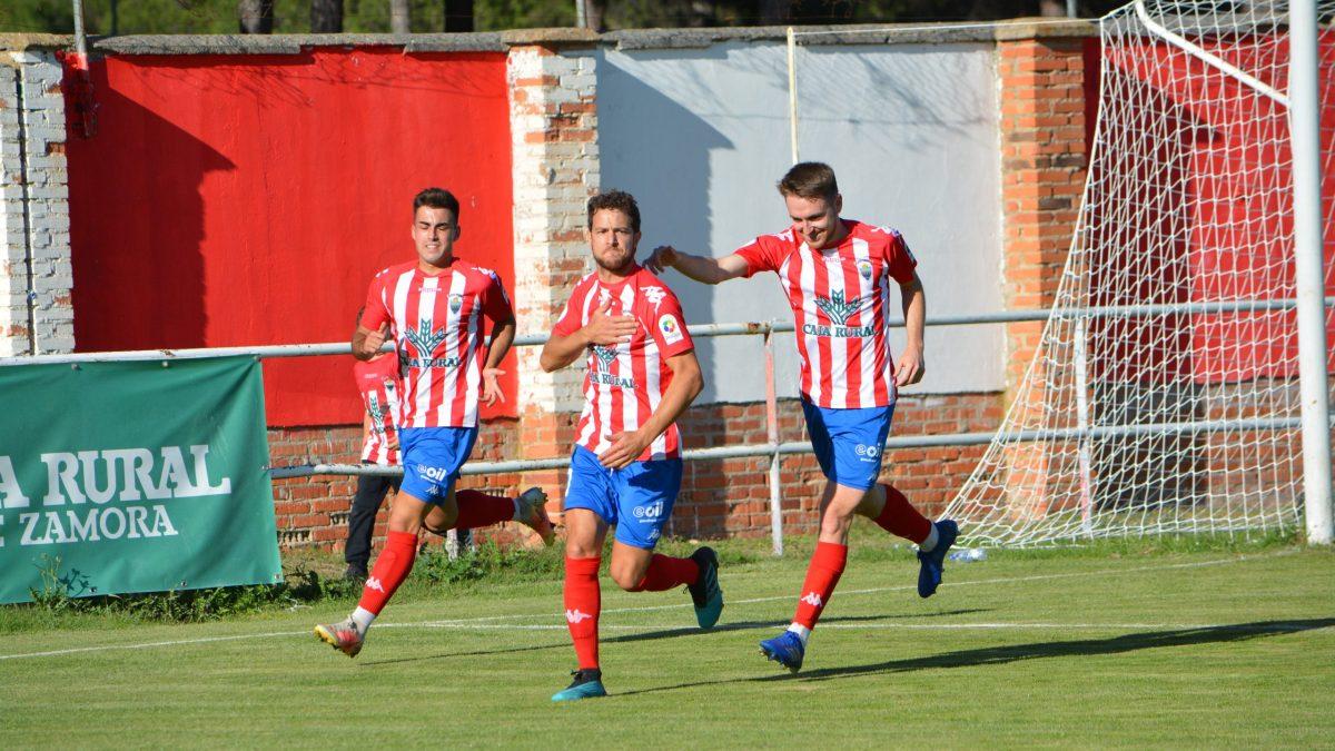 Golpe de autoridad del Atlético Tordesillas en casa ante el Atlético Astorga