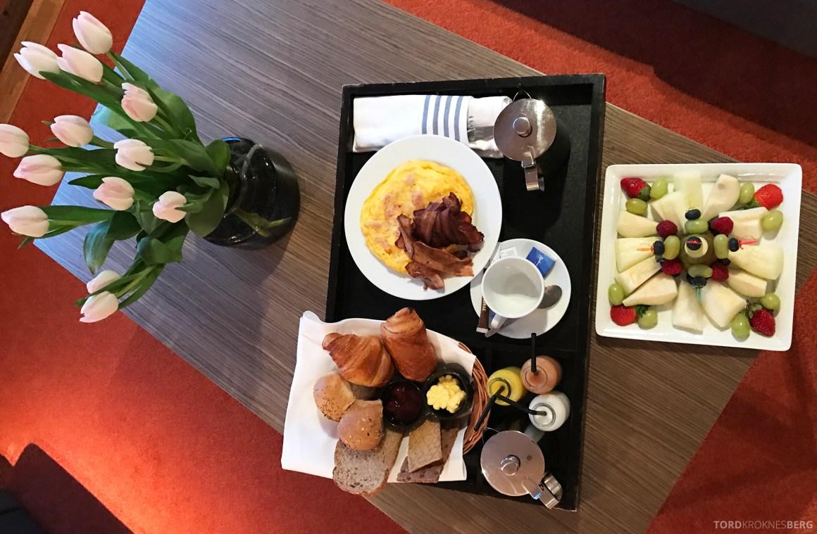 Radisson Blu Scandinavia Hotel suite frokost