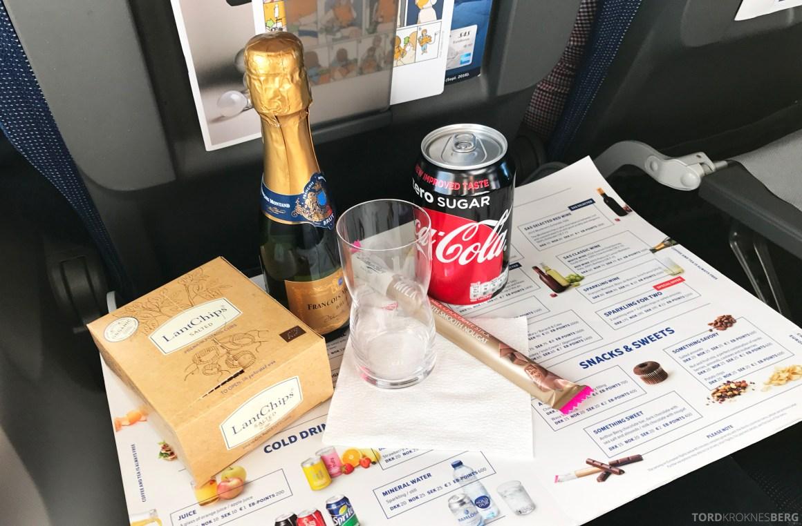 SAS Plus Barcelona snacks ombord