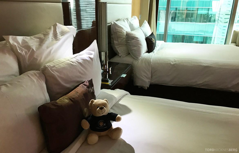 JW Marriott Marquis Miami reisefølget seng