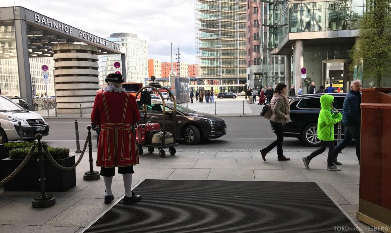 The Ritz-Carlton Berlin beefeater