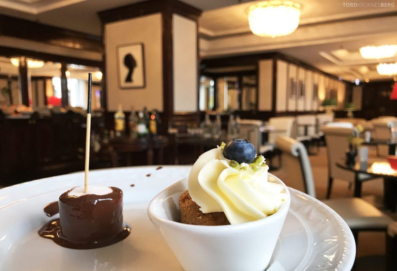 The Ritz-Carlton Berlin Club Lounge afternoon tea