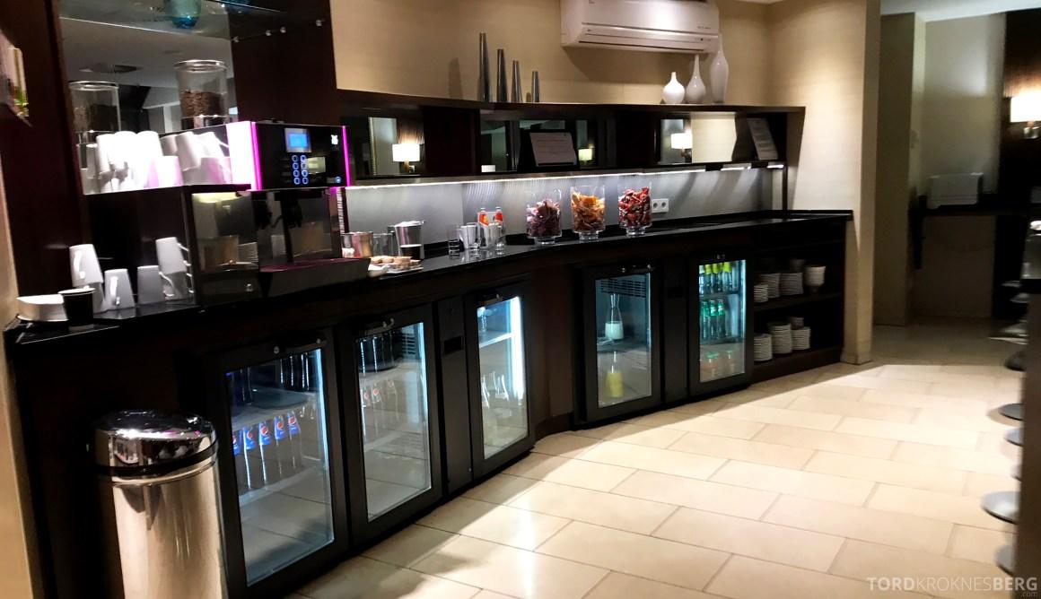 Marriott Paris Rive Gauche Executive Lounge buffet