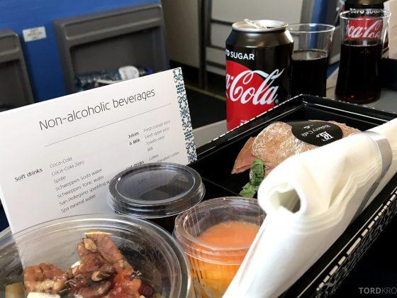 KLM Business Class Amsterdam Trondheim mat