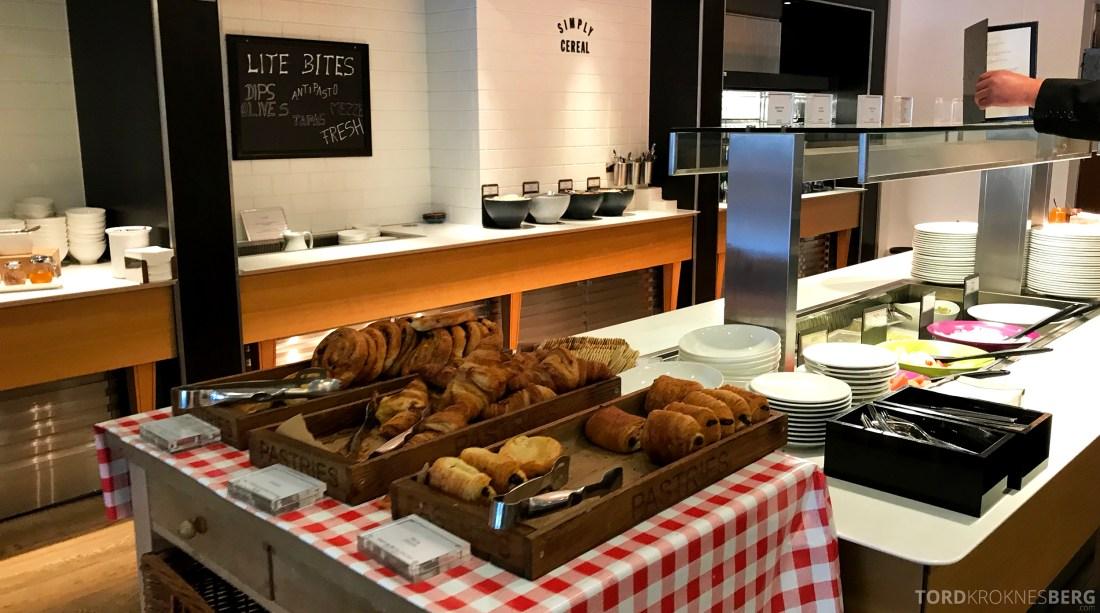 British Airways Galleries First Lounge Heathrow frokostbuffet