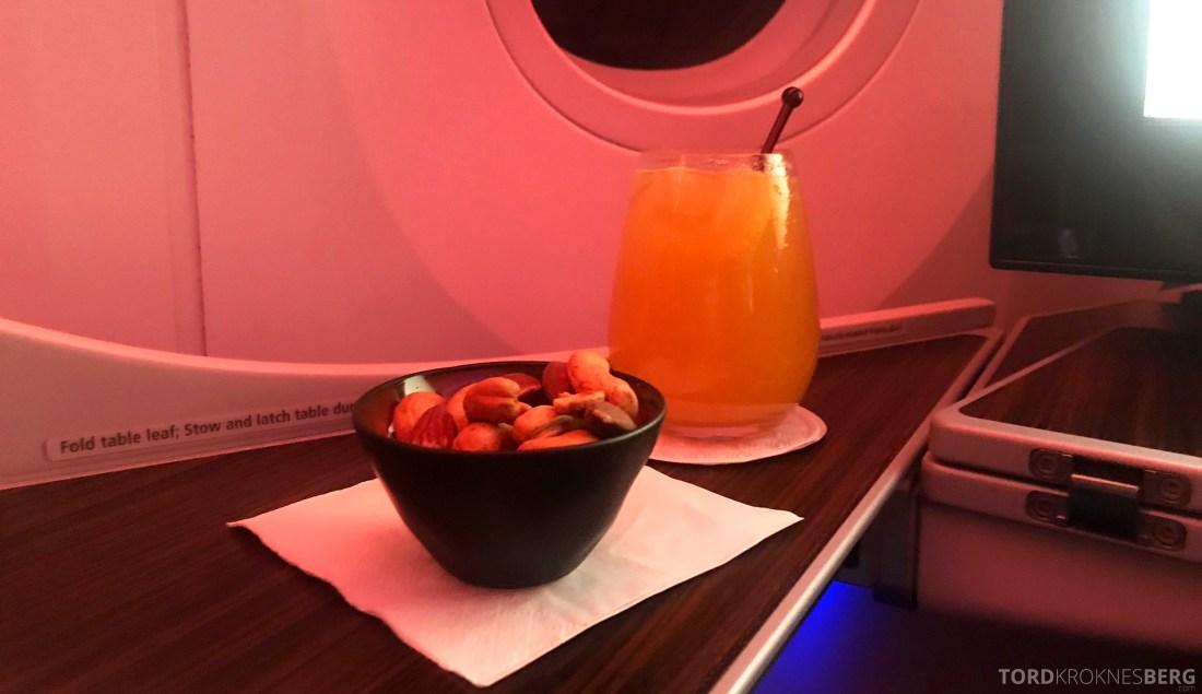 Qatar Airways Business Class Oslo Doha Penang aperitiff