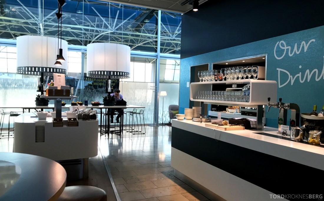 SAS Lounge Helsinki buffet