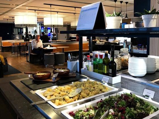 SAS Lounge International Oslo Gardermoen salat