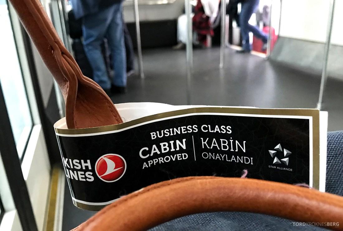Turkish Airlines Business Class Doha Istanbul Oslo lapp håndbagasje