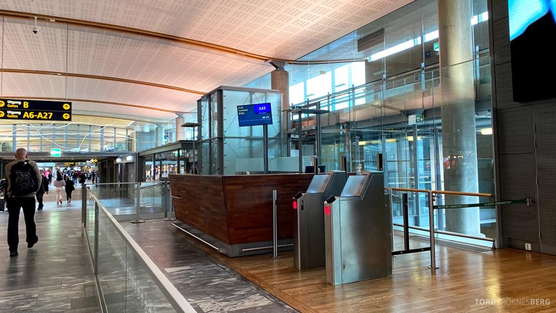 Fly Gardermoen Corona SAS gate