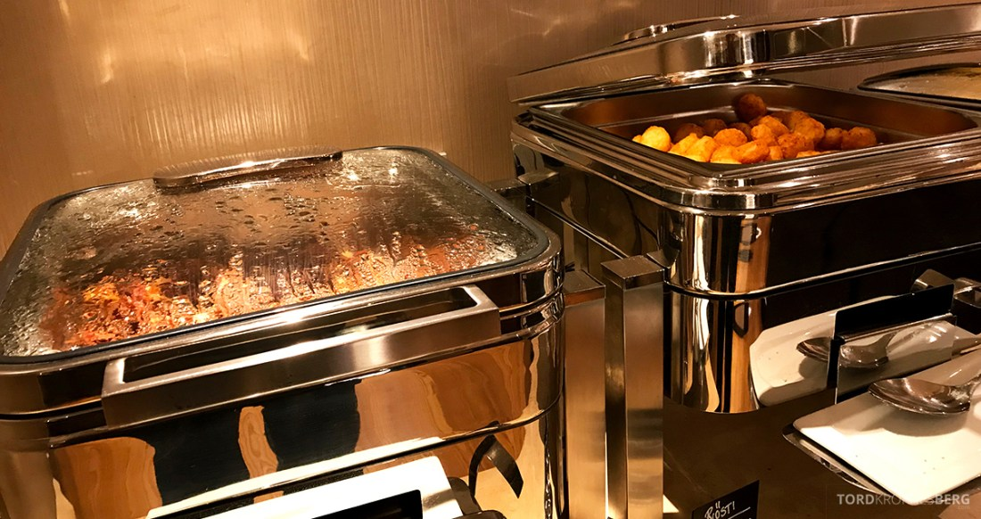 Sheraton Hotel Stockholm Club Lounge frokost varmmat