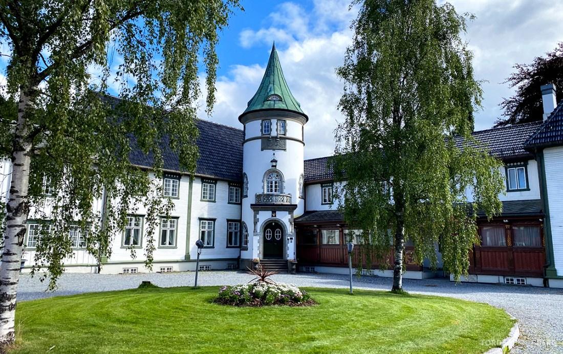 Bårdshaug Herregård Hotel Orkanger utenfor
