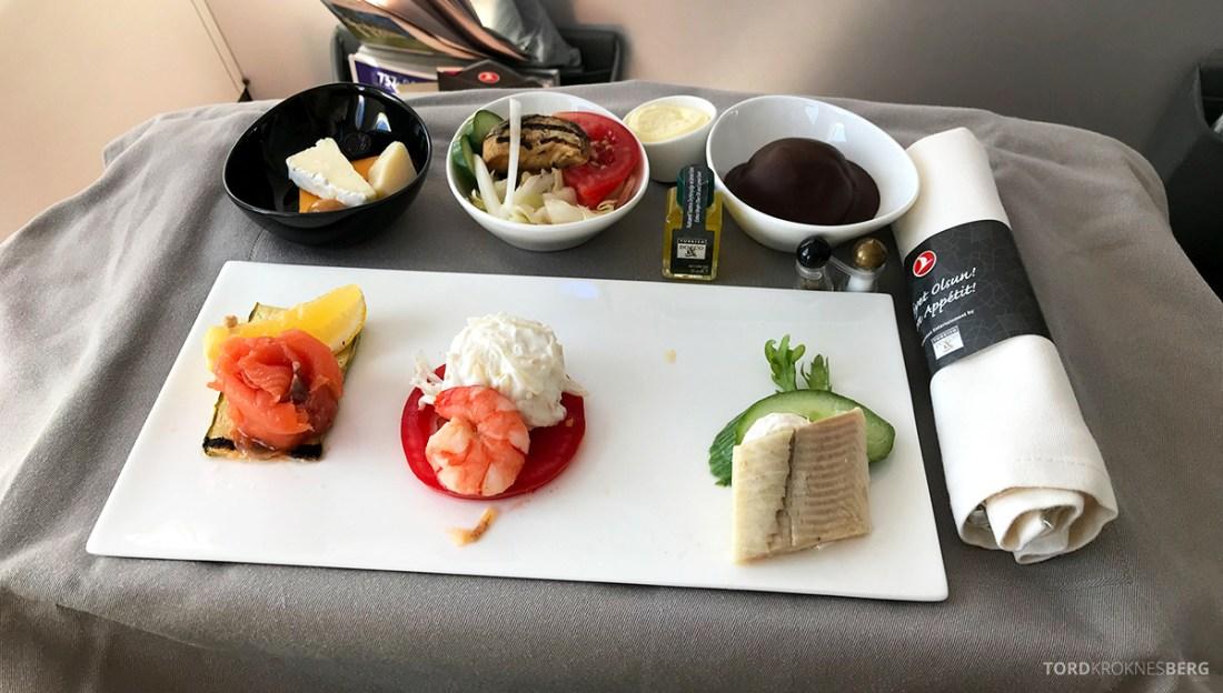 Turkish Airlines Economy Business Class Baku Istanbul Oslo forrett
